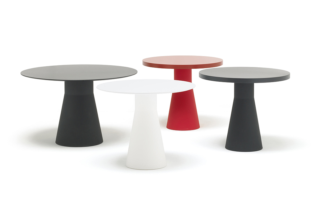 Forward-thinking design: Andreu World Reverse tables