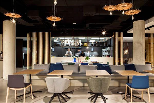KE-ZU_PROJECTS_ANDREU_WORLD_Ma Khin Café