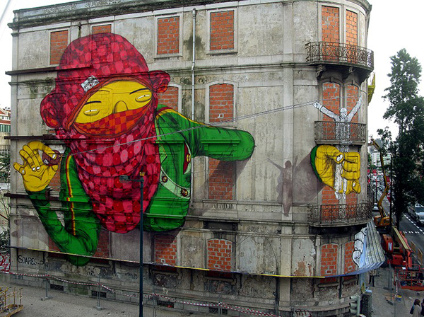 Another work in the Giants series - image courtesy OSGEMEOS