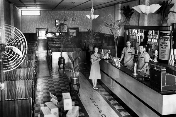 California Cafe, Nyngan, NSW in the mid-late 1930s (Photo by Frank Hurley, courtesy J. Varvaressos, from the 'In Their Own Image: Greek-Australians' National Project Archives, Macquarie University)