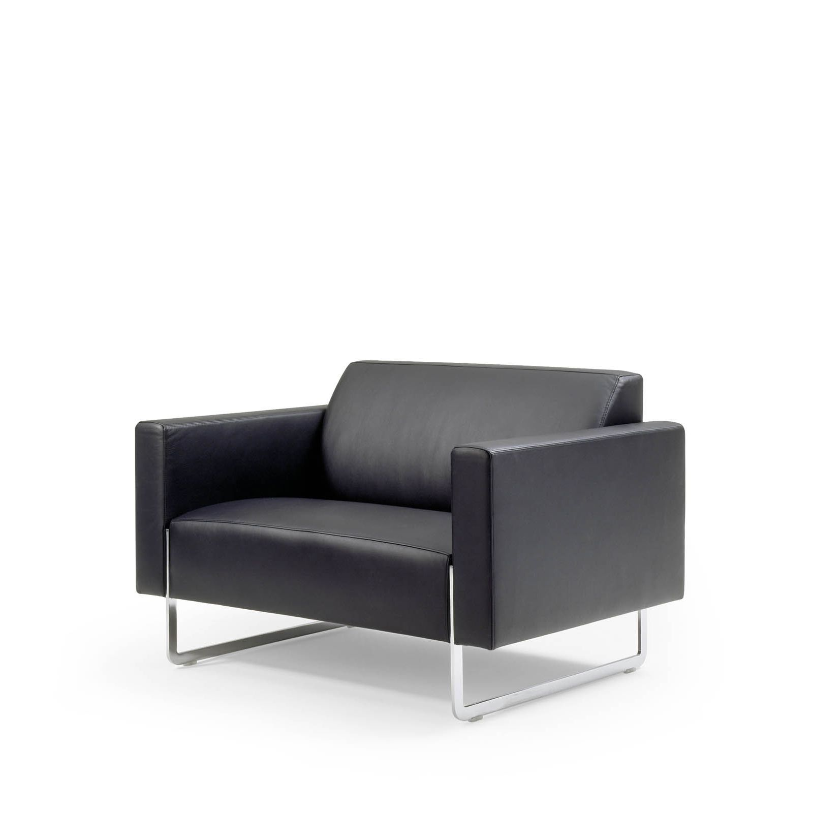 MARE LOUNGE CHAIR