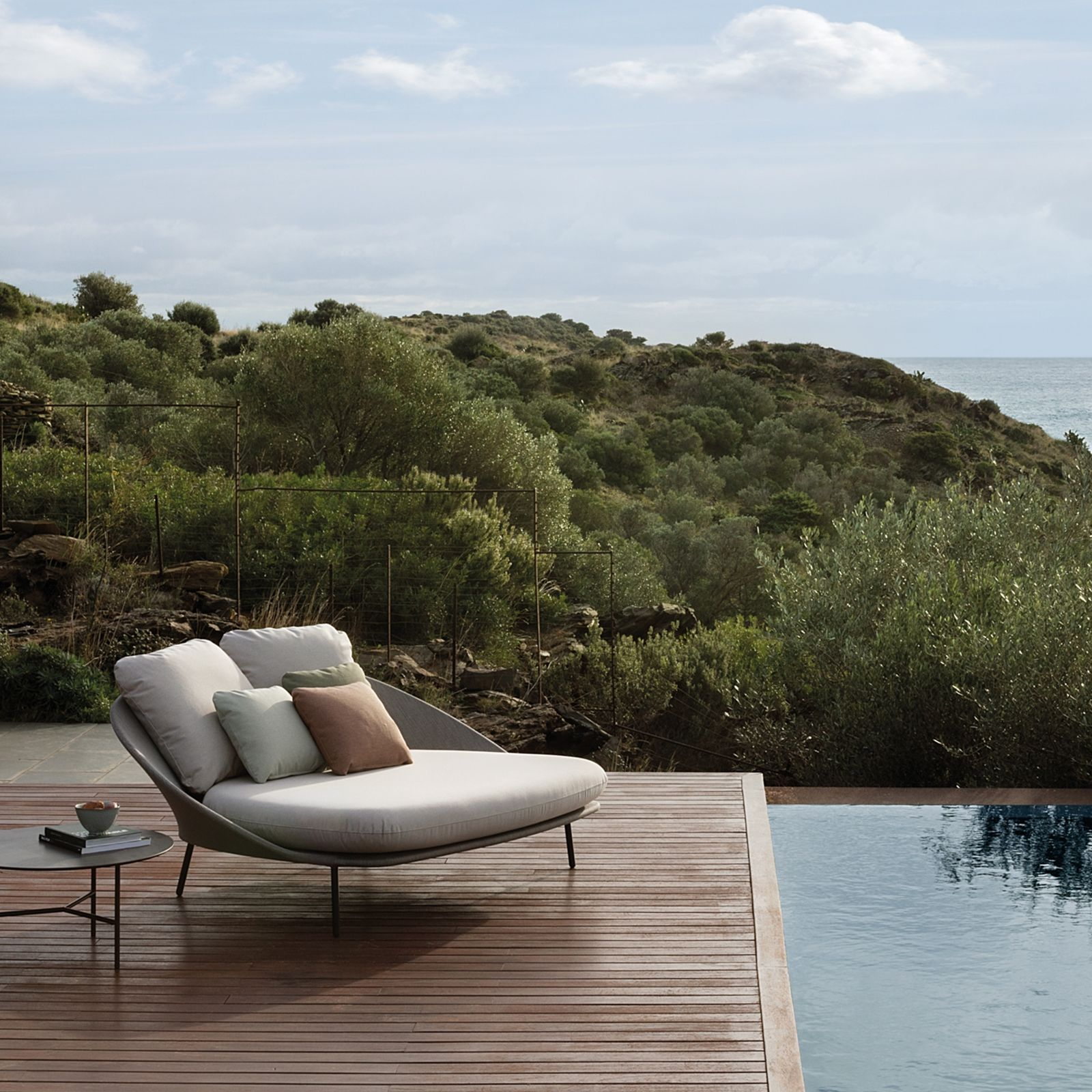TWINS CHAISE