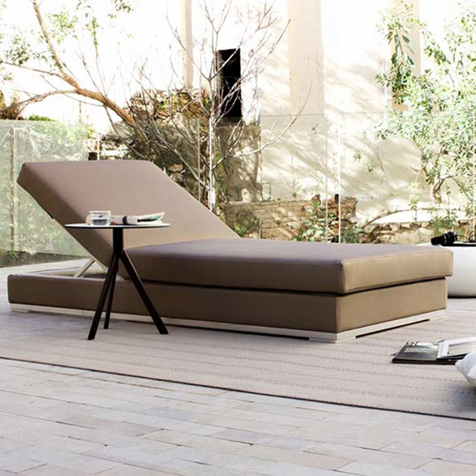 SLIM DAYBED