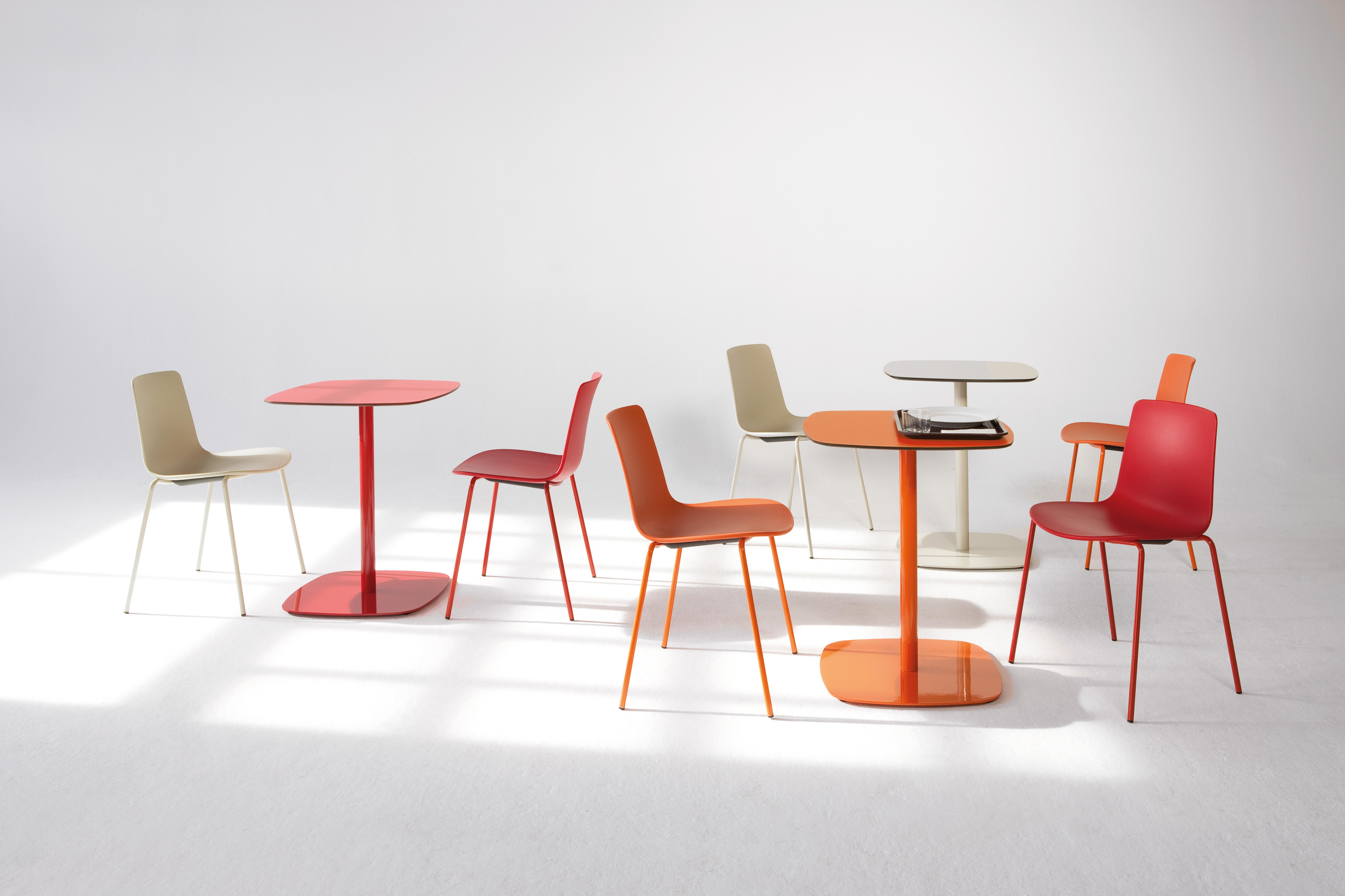 KE-ZU_ENEA_Lottus Chair_healthcare furniture
