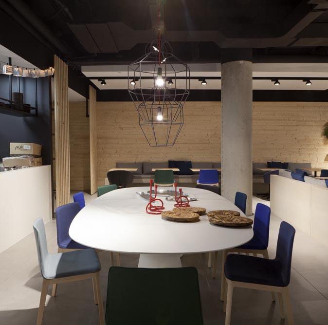 Installations   Ma Khin Café